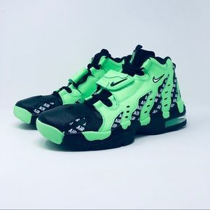 Nike Air DT Max 96 SOA Deion Sanders